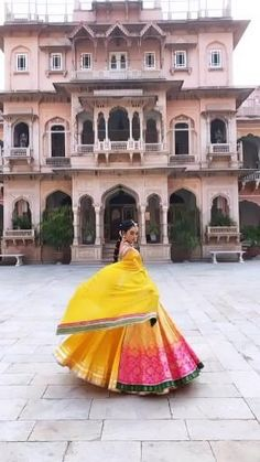 Indian Wedding Video, Indian Wedding Gowns, Fancy Wedding Dresses, Party Wear Indian Dresses, Indian Bridal Outfits, Indian Bridal Fashion, Indian Fashion Dresses, Fashion Outfits, Best Designer Dresses