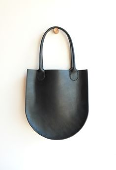 Leather Russell Tote - Black
