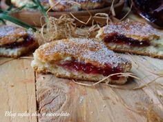 focaccine albumi e marmellata in padella Torte Cake, Allrecipes, Italian Recipes, Sandwiches, Cheesecake, Pork, Sweets, Meat, Breakfast
