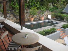 Kleiner Pool direkt an Terrasse