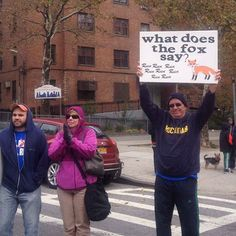 So that's what the fox says... | The 35 Best Signs From The NYC Marathon
