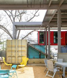 Because it's made of shipping containers, this bar can easily be disassembled and moved to another location if need be.
