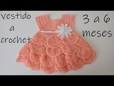 I have this beautiful crocheted baby dress for you girls.  It's very easy to do and this dress is for 3 to 6 months baby. Have you never Crochet Girls, Love Crochet, Crochet Box, Crochet For Kids, Crochet Motif, Crochet Stitches, Crochet Patterns, Tinkerbell Dress, Crochet Baby Booties