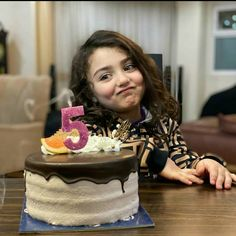 World's Cutest Girl, World's Cutest Baby, Candy Photography, Cute Babies Photography, Cute Baby Girl Pictures, Baby Girl Images, Queen Aesthetic, Aesthetic Beauty, Cute Funny Baby Videos
