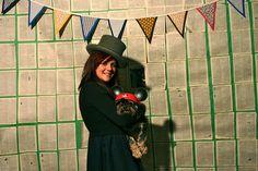 Photobooth with bridal dog Photo Booth, Bridal, Dog, Hats, Wedding, Fashion, Diy Dog, Valentines Day Weddings, Moda