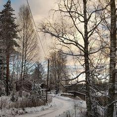 Nyt olis #joulukelit kohdallaan. Toivottavasti säilyy hetken. #lookslikechristmas #winterwonderland #winterinfinland #outdoorsfinland #visitfinland #thisisfinland #visitorivesi #korpelantorppa