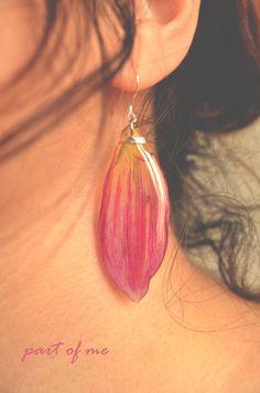dalia earrings- real flower jewelry, real flower earrings, dalia, epoxy resin…