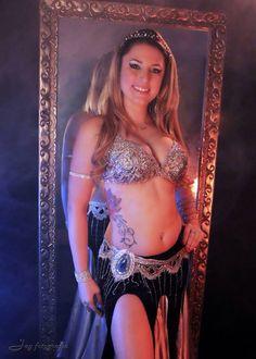 Debora Spina. Dancer Brazil. Portal do Egito.