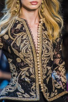ELIE SAAB   FALL 2017 COUTURE DETAILS