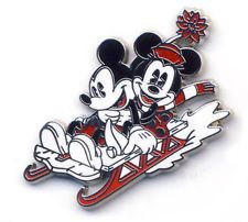Walt Disney Pin Pie-Eyed Mickey Mouse Minnie Christmas Sled Holiday