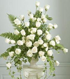 Rose Flower Arrangements | Flower Arrangement Send Flower Arrangement to Hyderabad Flowers ...
