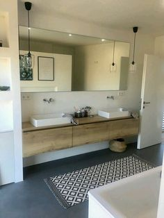 20 Shower Room Paint Colors That Always Look Fresh as well as Clean Large Bathrooms, Modern Bathroom, Small Bathroom, Wood Bathroom, Ideas Baños, Bathroom Renos, Beautiful Bathrooms, Bathroom Interior Design, Unique Home Decor