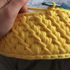 """205 Me gusta, 6 comentarios - rose oliveira (@roseoliveira_tartes) en Instagram: """"Para quem me pediu vídeo desse ponto. Resolvi postar novamente. #crochet #videoaula #basket…"""""""