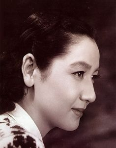 Setusuko Hara is an actress with no equivalent in western film. For 20 years after WWII, she defined contemporary femininity for Japanese audiences, first playing young, unmarried women, then wives… Japanese Film, Japanese Beauty, Asian Beauty, Japanese Style, Tokyo Story, Muse, Western Film, Forever Young, Film Movie