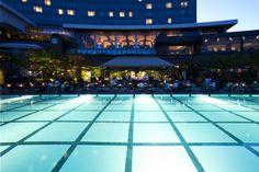 Make your day at Grand Hyatt Seoul poolside barbeque. #grandhyattseoul #poolsidebarbeque