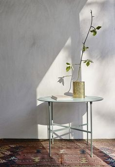 Brut Table