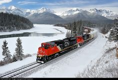 RailPictures.Net Photo: CN 8922 Canadian National Railway EMD SD70M-2 at Solomon, Alberta, Canada by Jeff Robertson