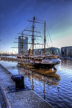Puerto madero, Buenos Aires More news about worldwide cities on Cityoki… Backpacking South America, South America Travel, Most Beautiful Cities, Beautiful World, Galapagos Islands, World Cities, Largest Countries, Latin America, Travel Inspiration