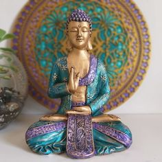 Buddha Buddhism, Buddha Art, Ganesha, Tapetes Diy, Buddha Sculpture, Zen Meditation, Master Bedroom Design, Decoupage, Macrame