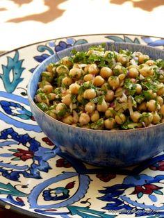 grain de sel - salzkorn: De plus vegan: marokkanischer Kichererbsensalat
