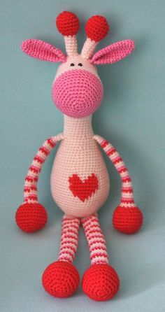 Hearty Giraffe amigurumi pattern for free