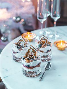 Piparkakkutrifle - joulun nopein jälkiruoka | Annin Uunissa Christmas Feeling, Nordic Christmas, Xmas, Yule Traditions, Little Chef, Panna Cotta, Deserts, Food And Drink, Cooking