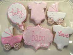 Baby shower favors in pink. #pinkbabyshower##babyshowercookies#babygirl#LePetiteCherie#LPC