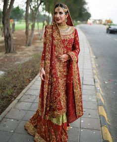 The Pakistani Bride ( Indian Bridal Outfits, Pakistani Wedding Dresses, Pakistani Dress Design, Pakistani Outfits, Ethnic Fashion, Indian Fashion, Brown Fashion, Bridal Lehngas, Desi Bride