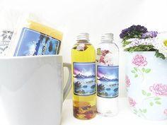 Coffee Mug and Bath Gift Set @laurynsbotanicals #coffee #coffeemug #coffeelover #teamug #mug #muggift #soap #bathoil #bathsoak #bathsalts #naturalskincare #aromatherapy #essentialoils #floweressence #vegan #eco #organic #holistic #herbal #gift #present #handcrafted #botanicalskincare #bathproducts #madeinlondon #laurynsbotanicals #etsy #shower #bathtime #bodycare