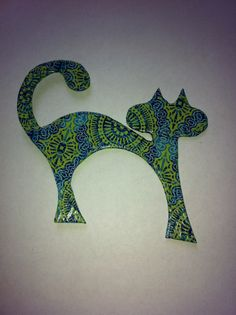 Green/Blue Cat Fridge Magnet #etsy, #MoggysMall, #cat, #fridge magnet, #decopatch, #green