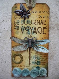 Patricia's Scrap en ARTsite: Tag dragonfly - Love the way the turn key is used for the dragonfly's head - so creative!