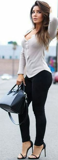 Fall Outfits ideas for Winter fashion 2019 my love fall fashion women's clothing jeans + tops how to wear jeans outfits going fashion eve dress outfits Mode Outfits, Sexy Outfits, Casual Outfits, Sexy Jeans Outfit, Black High Waisted Jeans Outfit, Casual Clothes, Dress Outfits, Look Fashion, Winter Fashion