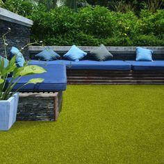Vinca Artificial Grass by Easy Lawn buy online from the rug seller uk Backyard Hill Landscaping, Mulch Landscaping, Landscaping Ideas, Privacy Fence Screen, Lawn And Garden, Green Garden, Outdoor Gardens, Roof Gardens, Screen Design