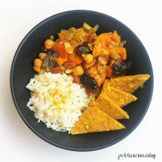 Tajine de légumes aux dattes, amandes et tempeh {cuisson au four}