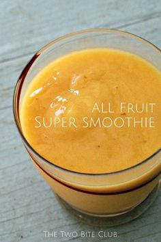 All Fruit Super Smoothie made wirh bananas, mango, papaya, and pear | #healthy #cleaneating #snack | thetwobiteclub.com