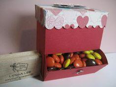 Lynda's Quiet Time: Lynda's Fancy Favor Box Candy Dispenser