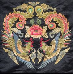 @mag.gieshep.herd  Antique Chinese embroidery of two Phoenix birds and a peony  #antique #embroidery #chinese #silk #stilllife #garden #phoenix #peony #clouds #natural #lux #nature #luxury #biology #botanical #biological #botany #thread #pattern #romantic #feathers #flower #decor #decorative #design #stylish #chic