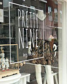 Shop window, Pretty Nine by Rachel. Winkel in Breukelen. #newitemsinstore #windowview #nekane #nkn #welkom