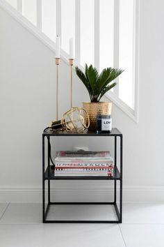 schöne Zimmerpflanzen im Flur/ Eingangsbereich