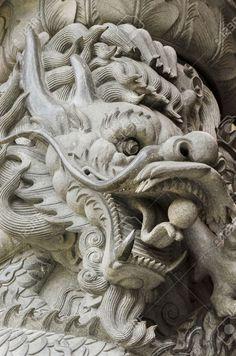 14696537-dragons-carvings-Stock-Photo.jpg (861×1300)