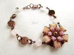 Bracciale fiore peyote gipsy, boho chic, romantico, matrimonio, Ggioielli €25.00, via Etsy