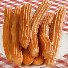 Churros und Porras Rezept - In Spanish - Dessert Spanish Desserts, Spanish Dishes, Organic Recipes, Mexican Food Recipes, Sweet Recipes, Pan Dulce, Beignets, Food Porn, Brunch