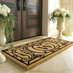 Charming Oxford Monogrammed Coco Mat. Love The 2 Flowered Urns For The Front Door. I