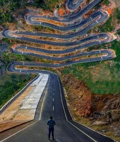 25 Of The World's Most Dangerous Roads That Most Drivers Would Want To Steer Very Clear Of