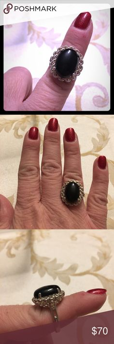 Ring sterling silver black onyx Sz 7 , sterling silver. Beautiful!💕 Jewelry Rings