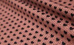 laine tricoter tissu 85 laine plein de cœur rose par xoxoFabric