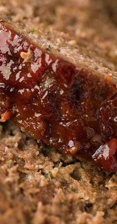 A Meatloaf recipe for people who love their meatloaf oozing with flavour, moist and tender yet not crumble apart when sliced. With the BEST meatloaf glaze! Best Meatloaf, Meatloaf Recipes, Meat Recipes, Cooking Recipes, Cooking Hacks, Paleo Recipes, Asian Recipes, Can Cats Eat Ham, Recipetin Eats