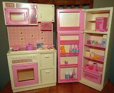 Vtg 1987 BARBIE DOLL Kitchen Furniture Appliance Play Food Refrigerator Stove ++