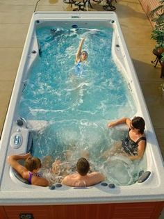 Michael Phelps swim spa.. yes, please!