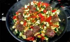 Zucchini and Ground Beef | Paleo Plan. I used Hot! Router tomatoes and green chilis. It was waaaaay too hot! Next time, I'll use fresh Roma tomatoes.